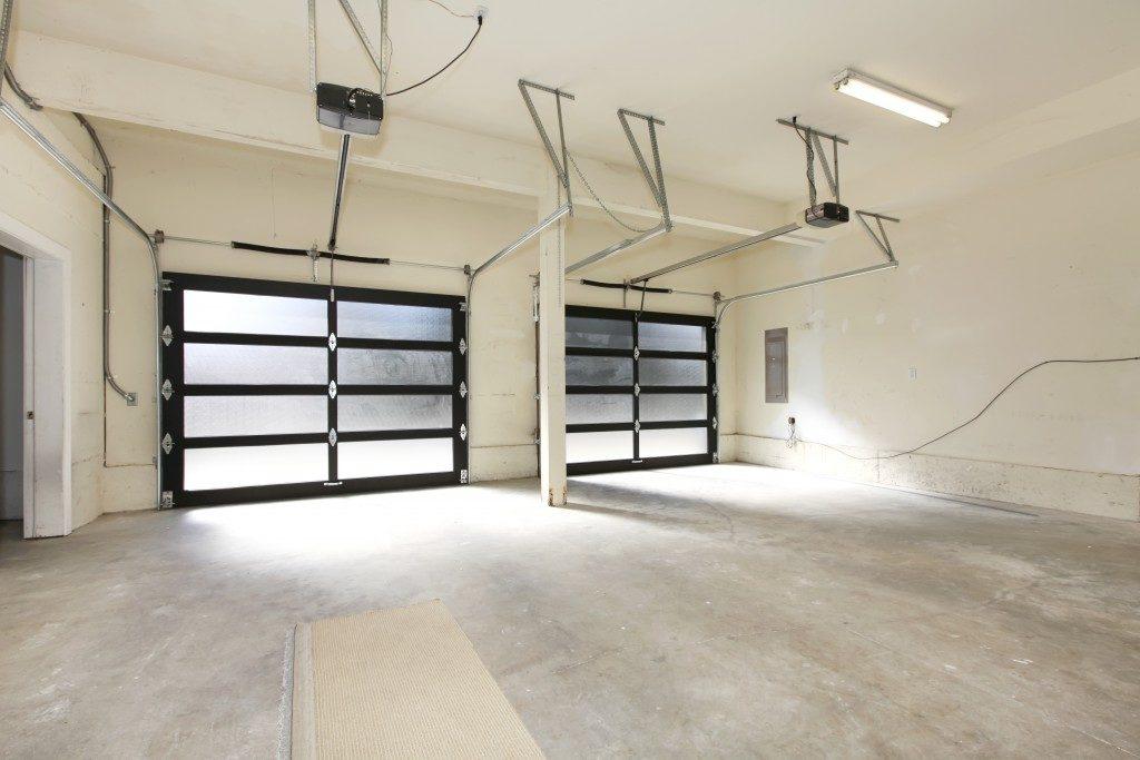 Sectional car garage doors