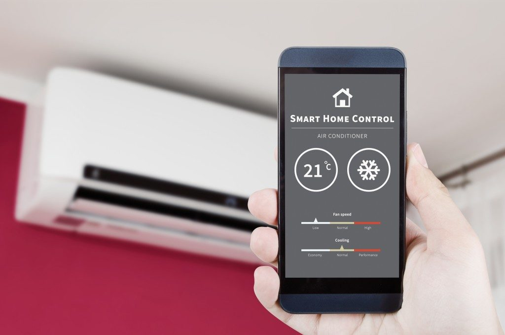 smart home control from mobile phone