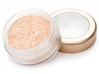 powder mineral makeup